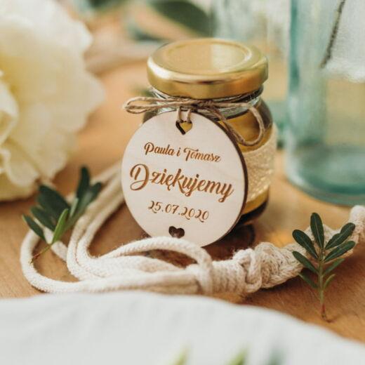 Etykietki na upominki dla gości weselnych